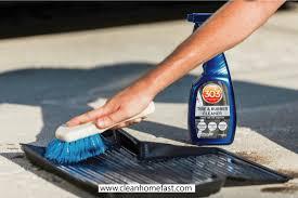 clean weathertech floor mats
