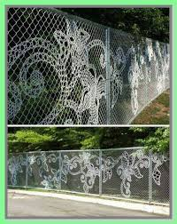 48 Reference Of Chain Link Fence Decorative Screen In 2020 Fence Art Fence Weaving Chain Link Fence