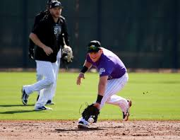 Pat Valaika gives Rockies an option for all positions