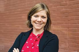 Abby Sullivan Engen – Centro Legal de la Raza