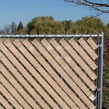 Yardgard 4 Ft H X 250 Ft W Beige Economy Vinyl Fence Weave 330250wbg The Home Depot
