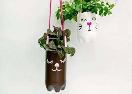 hanging planters from recycled bottles