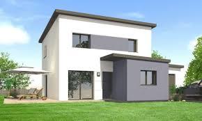 un constructeur de maison dans le