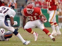 RB Priest Holmes heading for Chiefs Hall of Fame