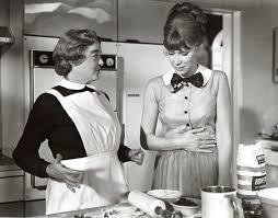 Bette Davis & Wendy Craig in The Nanny | Scary movies, Bette davis, Bette
