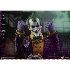 hot toys th scale vgm batman arkham asylum the joker figure