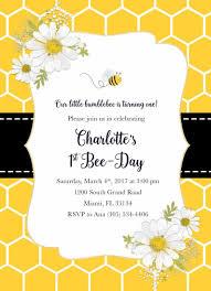 Bee Birthday Invitation Bee Invitation Bee Day Invitation Bee Birthday Party Invite Honeycomb Invite First 1st Birthday Invitation Girl Fiesta De La Abeja Decoraciones De Abejas Invitaciones De Primer Cumpleanos