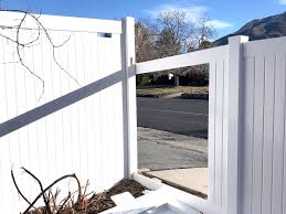 Pricing Factors To Consider When It Comes To Vinyl Fences Best Vinyl