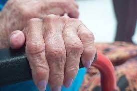 Por gripe, mueren 13 abuelos en una residencia de ancianos de ...