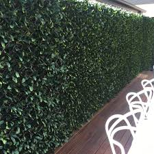 Artificial Laurel Extra Dense Expandable Trellis 2m X 1m Uv Stabilised Vertical Gardens Direct