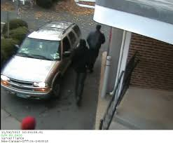 suspects in new canaan jewelry