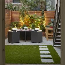 ideas for a courtyard garden