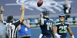 Seahawks' DK Metcalf fumbles away easy touchdown vs. Cowboys, redeems  himself later on | Fox News
