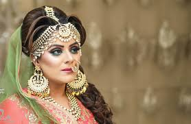 choose top bridal makeup artist from