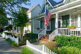205 Decorative White Picket Fence Stock Photos Pictures Royalty Free Images Istock