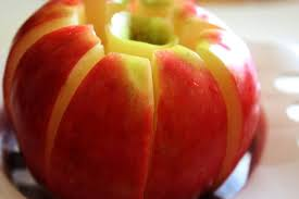 Apples by the slice: Study finds kids eat more fruit when it is ...