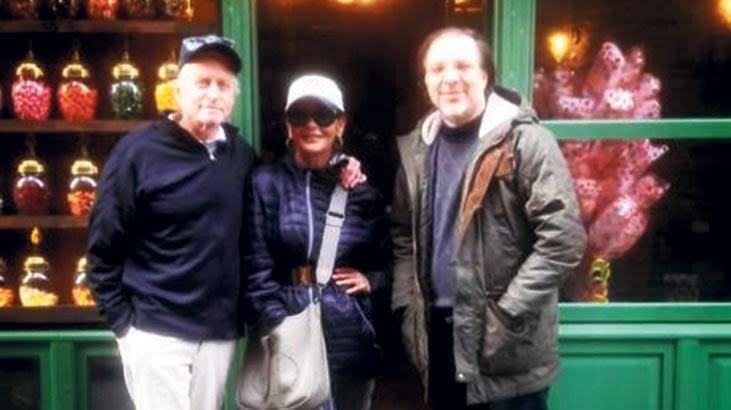 Hollywood'un ünlü ailesi Douglas çiftinden İstanbul tarih turu