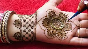 round mehndi design front hand