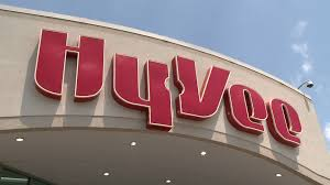 hy vee starts requiring employees to