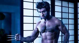 Shirtless Kumail Nanjiani Recreates ...