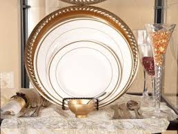 plastic plates maryland regal gold