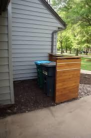 Cedar Screen Sugar Sugar House Outdoor Trash Cans Diy Outdoor Hide Trash Cans