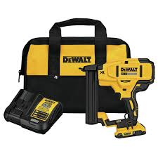 Dewalt 20v Max Xr Lithium Ion Cordless 18 Gauge Narrow Crown Stapler Kit With Battery 2ah The Home Depot Canada