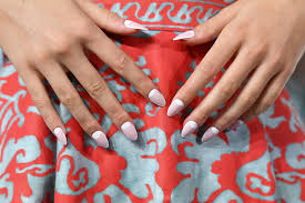 how to apply fake nails expert tips