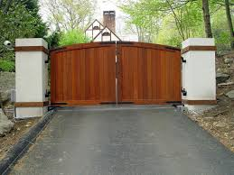 A Unique Example Of A Vintage Inspired Wooden Driveway Gate Solid Front Created With Tongue And Groove Driveway Gate Wooden Gates Driveway Wood Gates Driveway