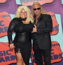 """How does Beth Smith from """"Dog the Bounty Hunter"""" look like now? Wiki"""