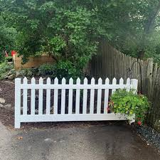 4 Provincetown Vinyl Picket Fence Weatherables
