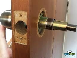 how to replace your bedroom door knob