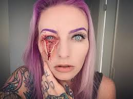 makeup artist will scare you to