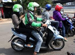 Hasil gambar untuk manfaat sepeda motor bagi masyarakat