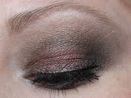 smokey makeup look for a rare night out