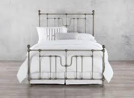 Wesley Allen Evanston Complete Bed CB1014