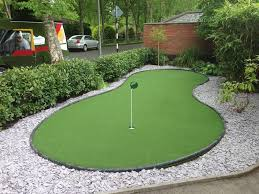 putting green in your front garden