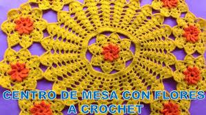 mesa a crochet con flores paso a paso