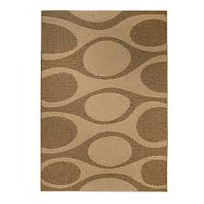 outdoor rugs add pattern to natural