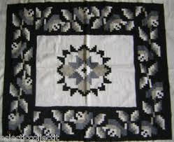 rug 48x84 wool black white gray euc