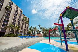 berry farm resort hotel buena park