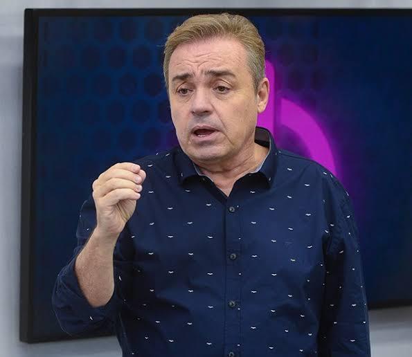 """Resultado de imagem para Gugu Liberato apresenta novo reality show de casais"""""""