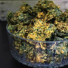 super crunchy kale chips raw vegan