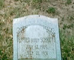 "Effred Herman ""Buddy"" Schmidt (1909-1931) - Find A Grave Memorial"
