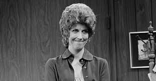 Marcia Wallace, Edna of 'Simpsons,' dies at 70 | EW.com