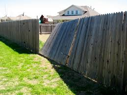 How To Deal With A Fence Repair Notice From Your Homeowner S Association Wood Post Puller