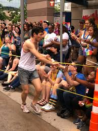 """Jacob Frey on Twitter: """"PSA from Mayor Frey's staff—he loves to run and he  loves #pride 🏳️🌈🏳️🌈🏳️🌈… """""""