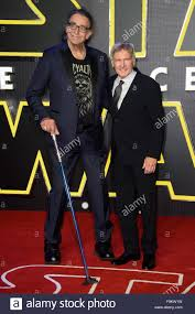 Peter Mayhew and Harrison Ford at the 'Star Wars: The Force Awakens ' Stock  Photo - Alamy