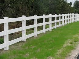 3 Rail White Vinyl Ranch Rail Designed By Mossy Oak Fence Company Located In Orlando And Melbourne Fl Farm Fence Fence Panels For Sale Acreage Landscaping