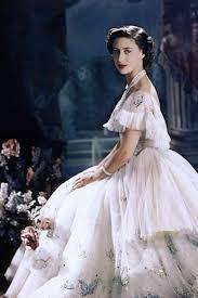 Princess Margaret - Wedding dress, tiaras & family - Photos & Images    Tatler